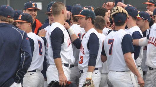 Illini baseball team celebrates opening day victory