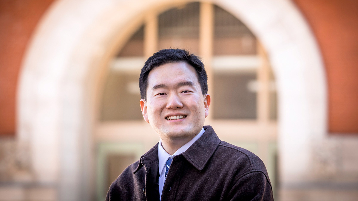 Junghwan Kim, a graduate student in geography and geographic information science at the U. of I, co-led a study about the effectiveness of mobility restrictions in the U.S. during the COVID-19 global pandemic.  Photo by Fred Zwicky