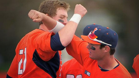 image of illinois baseball players celebrating after win