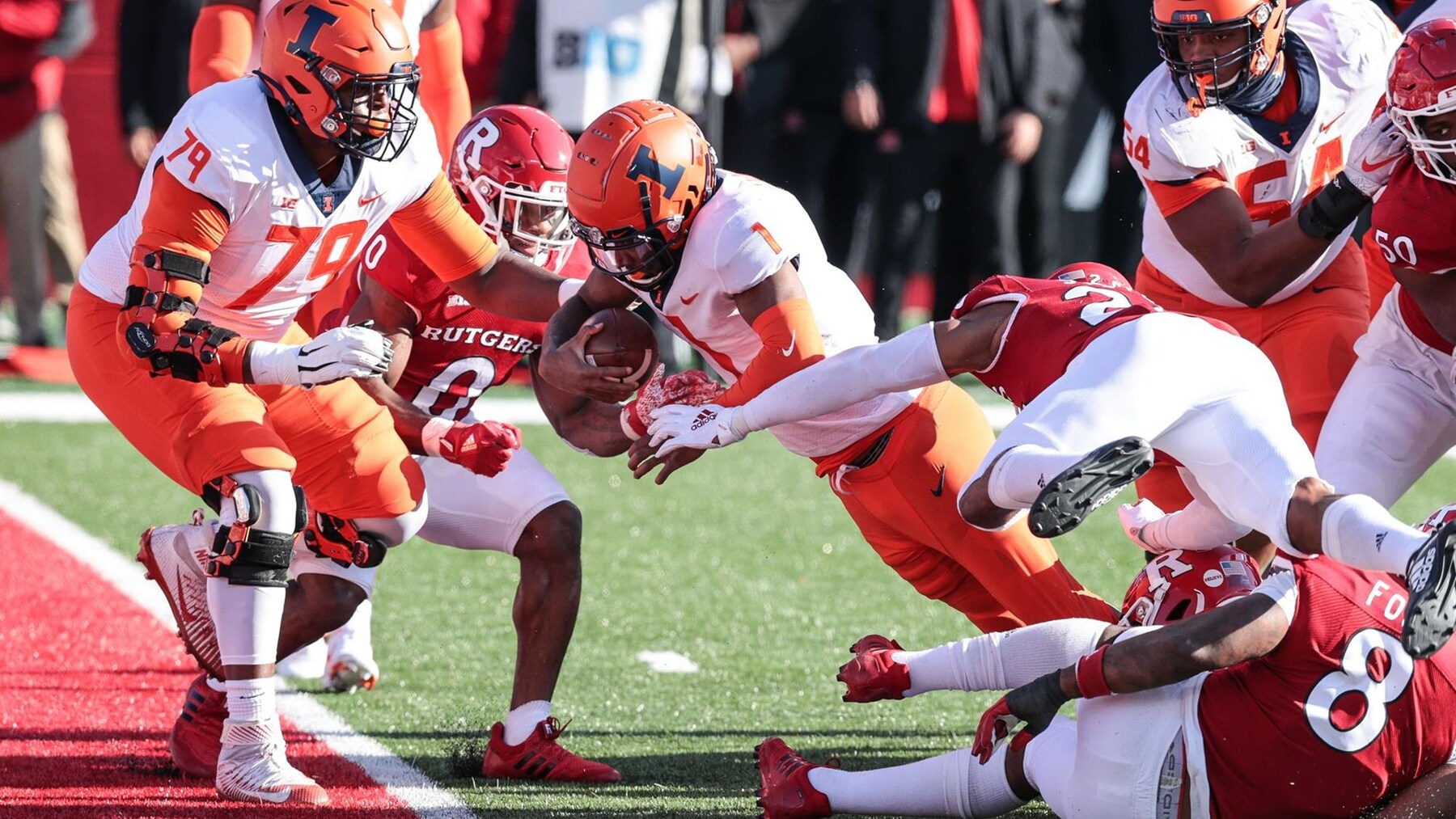 Isaiah Williams rushes for a touchdown