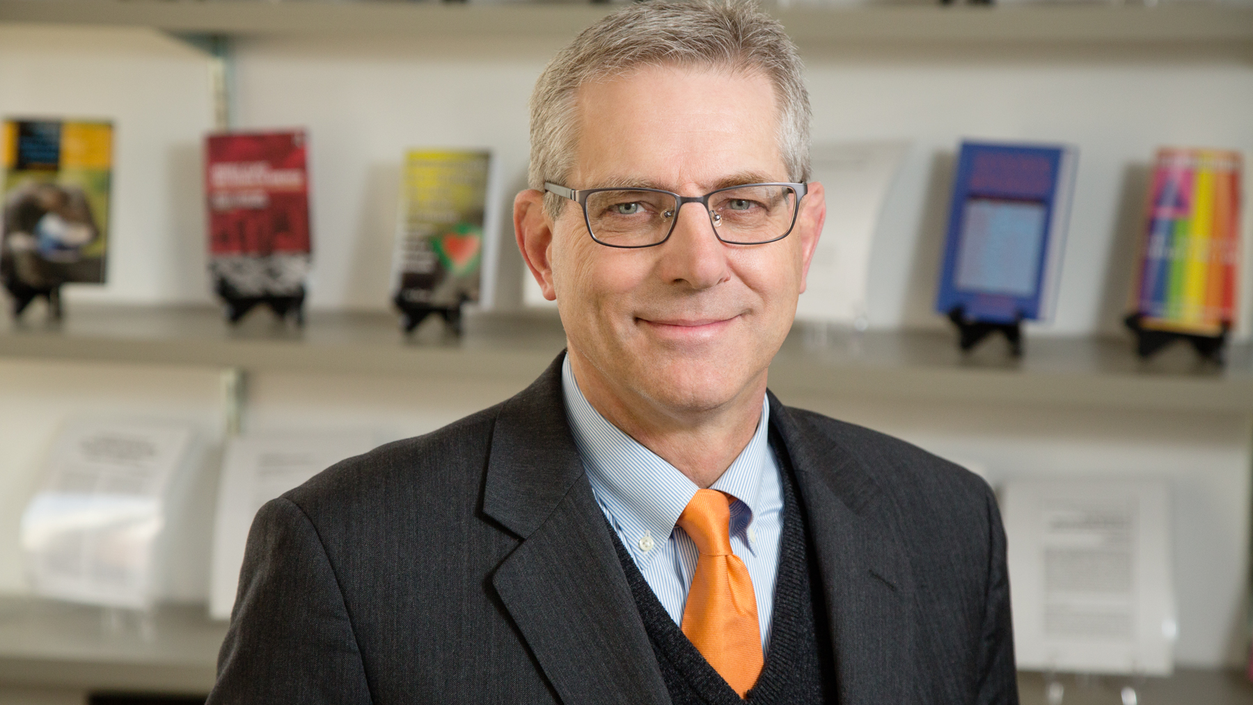 Kevin Leicht, a professor of sociology at the University of Illinois Urbana-Champaign. Photo by L. B. Stauffer