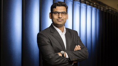 Chemical and biomolecular engineering professor Diwakar Shukla leads one of eight Illinois projects awarded funding from the C3.ai Digital Transformation Institute to help mitigate COVID-19.  Photo by L. Brian Stauffer