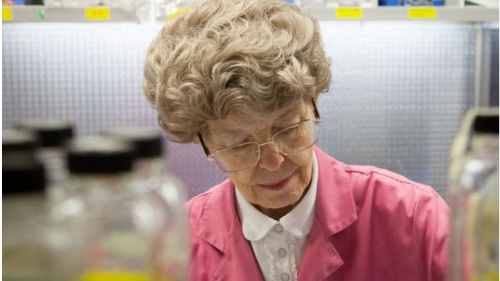 image of dr. mary-dell chilton courtesy of syngenta