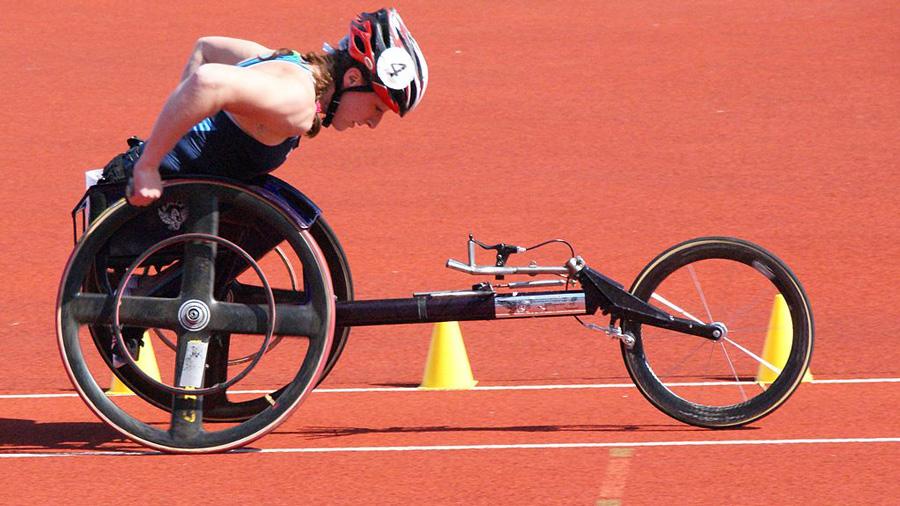 Tatyana McFadden racing, via Wiki Commons