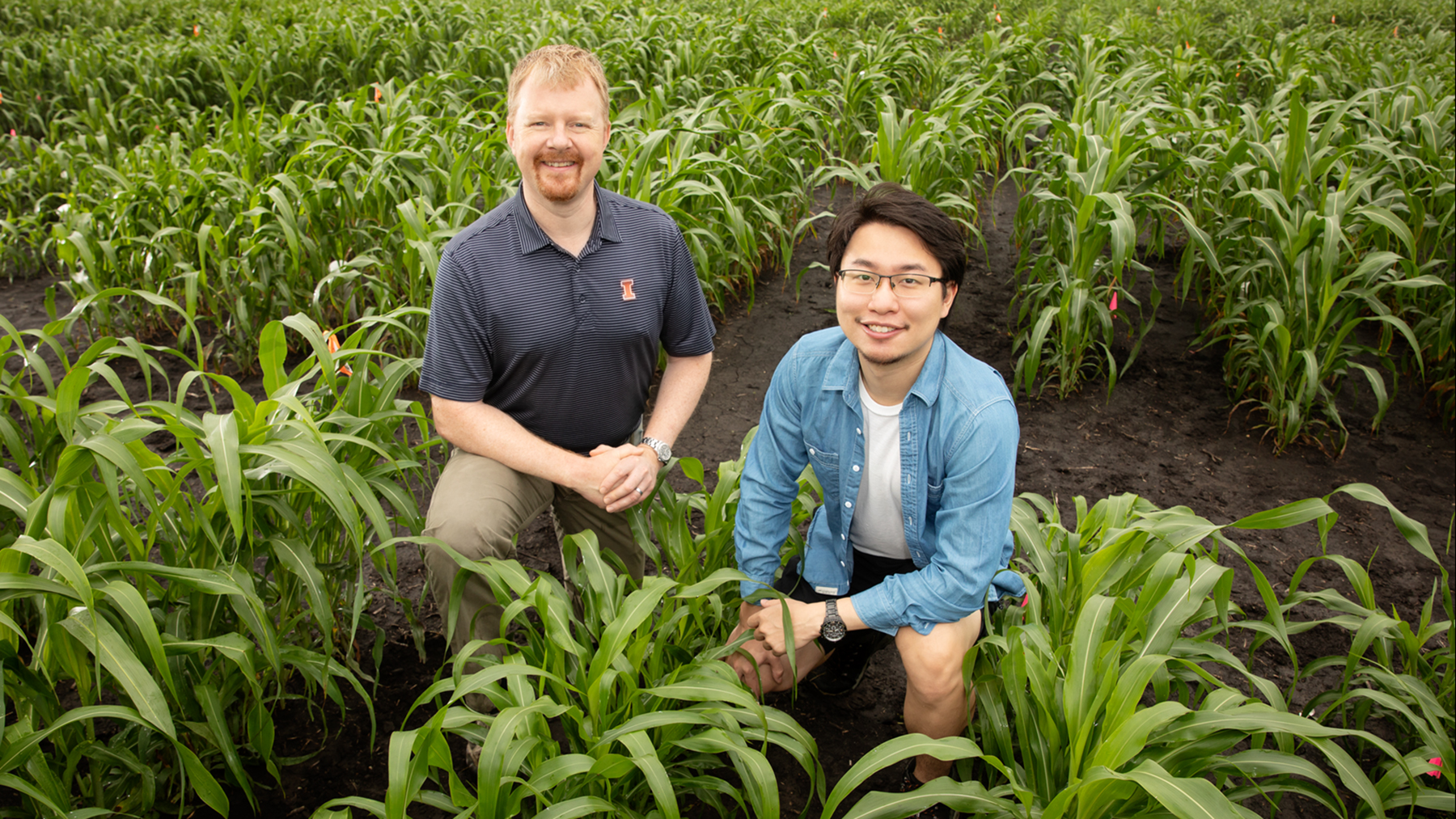 Professor Andrew Leakey and graduate student Jiayang (Kevin) Xie. Photo by L. Brian Stauffer
