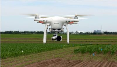 Drone in flight. Credit: University of Illinois College of Agricultural, Consumer and Environmental Sciences (ACES)