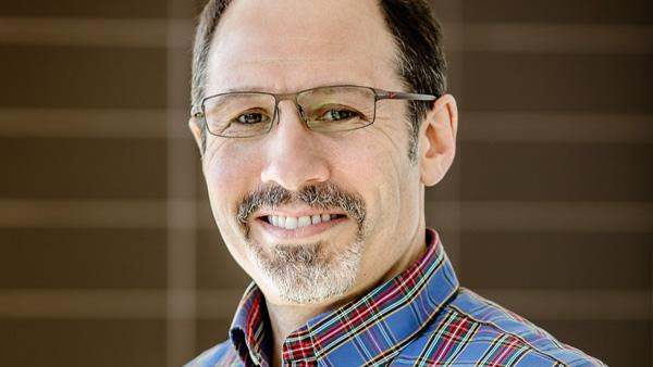 Professor Andrew Singer. Photo by L. Brian Stauffer