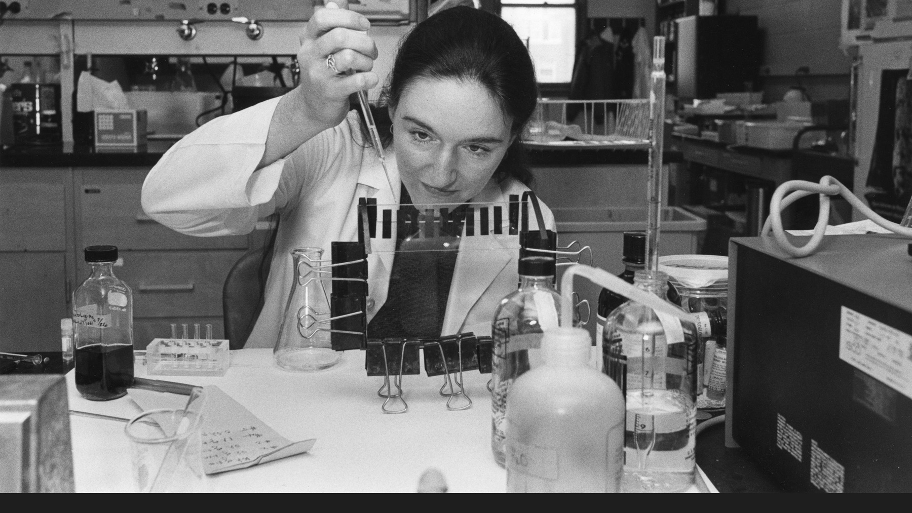 archive image of a female researcher at Illinois