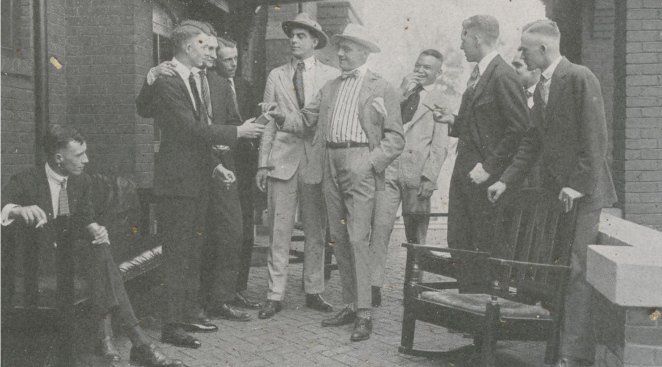 a scene from Pro Patria, from the 1918 Illio