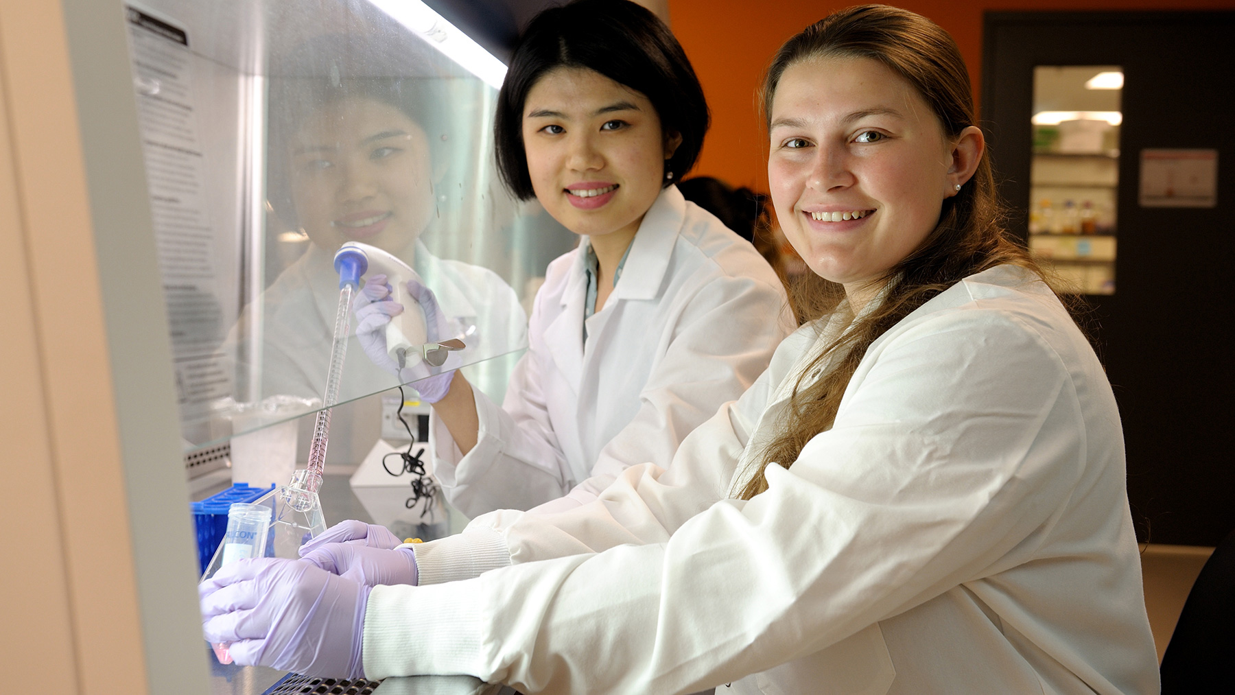 Cheri Fang, left, a first-year Ph.D. student in bioengineering, served as a graduate student mentor for Amanda Craine, a junior in biomedical engineering at Pennsylvania State University