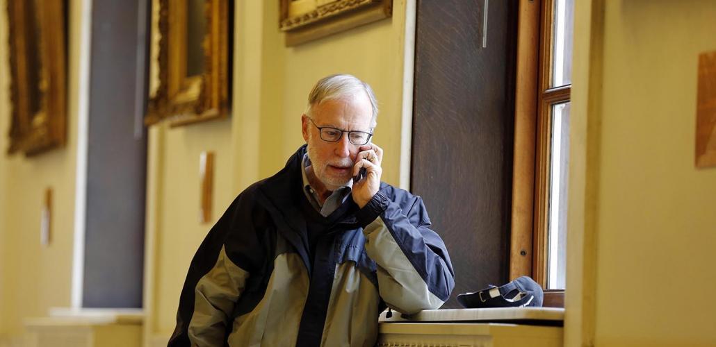 Illinois alumnus and Washington Post chief correspondent Dan Balz