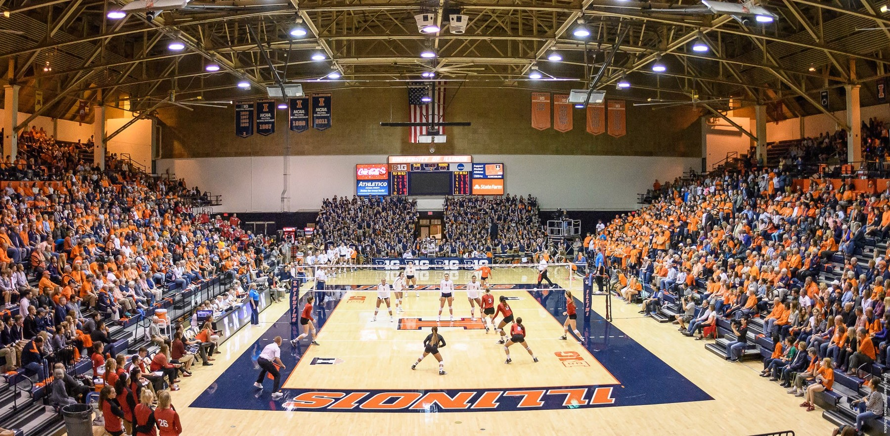 Huff Hall during an Illini Volleyball game