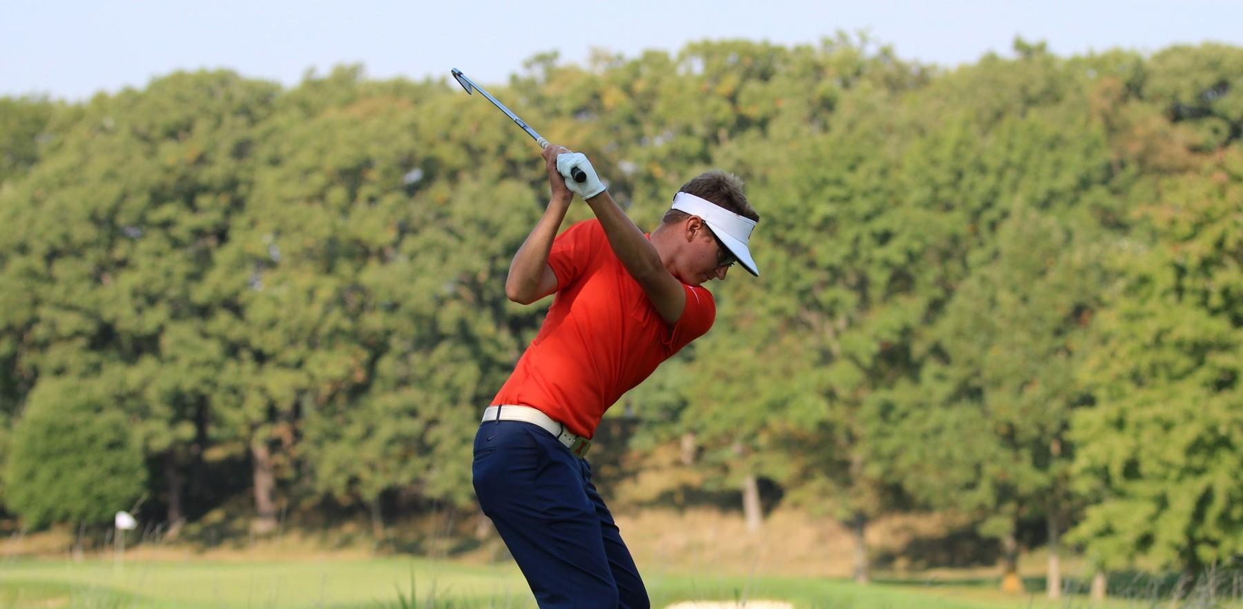 Fighting Illini senior golfer Dylan Meyer in backswing