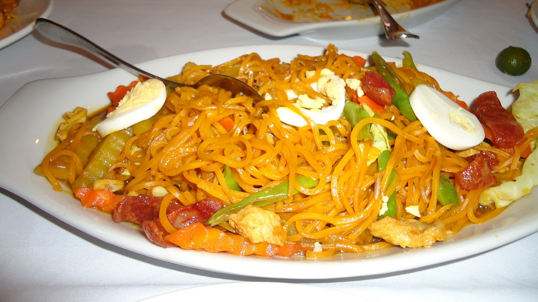 open source image of a plate of pancit
