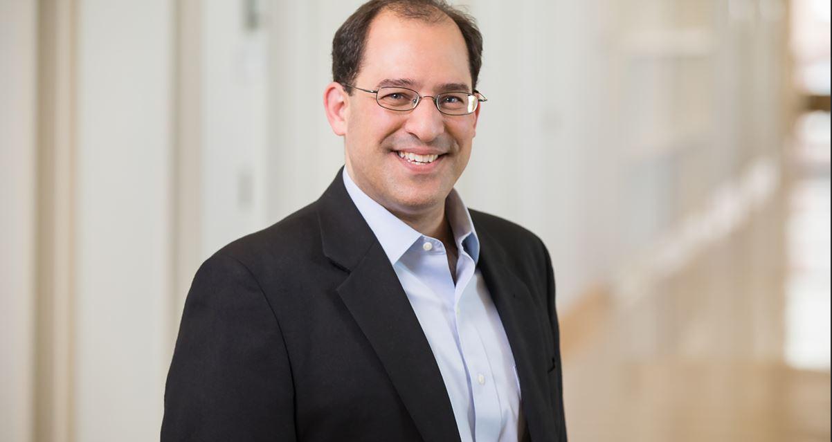Professor Jeffrey Loewenstein.  Photo by L. Brian Stauffer