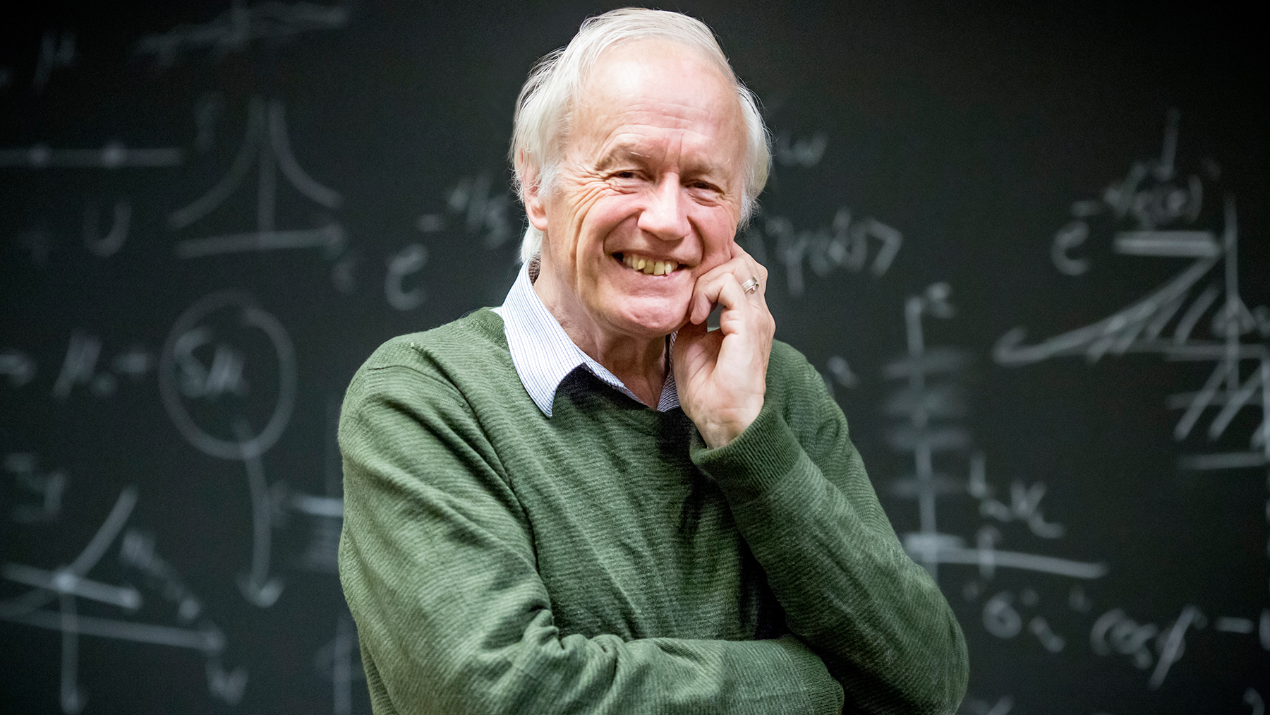 physics professor, Nobel Prize winner Sir Anthony Leggett. Photo by L. B. Stauffer