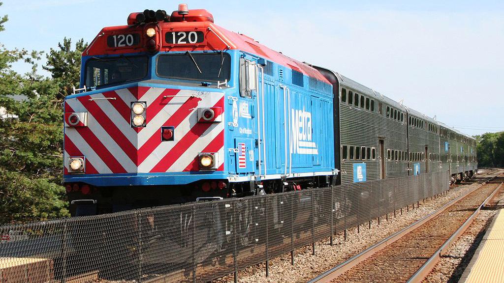 Metra train in Woodstock, Illinois. Photo via Wikimedia Commons