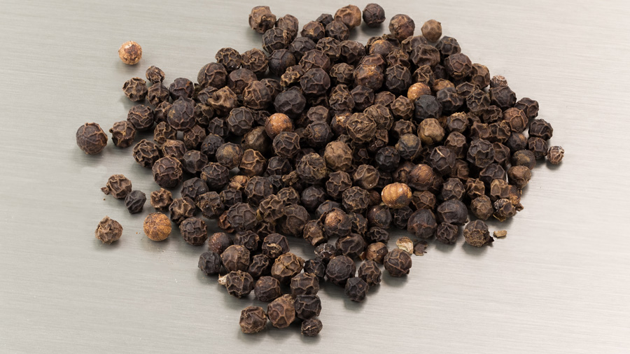 black pepper corns. Image from Wikimedia Commons