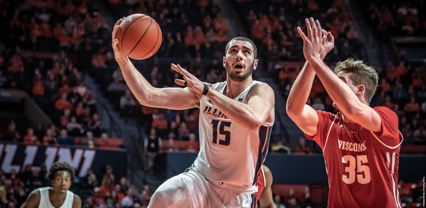 Giorgi Bezhanishvili shoots a lay up against a Wisconsin defender