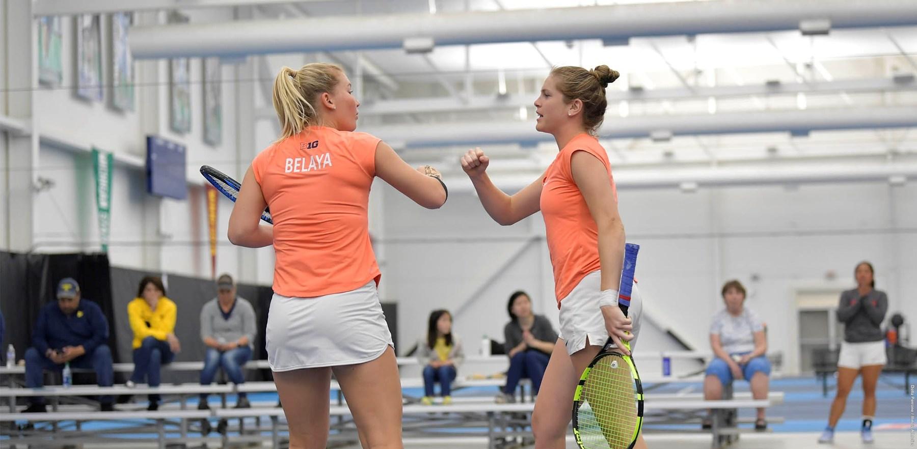 Illini women's tennis team players