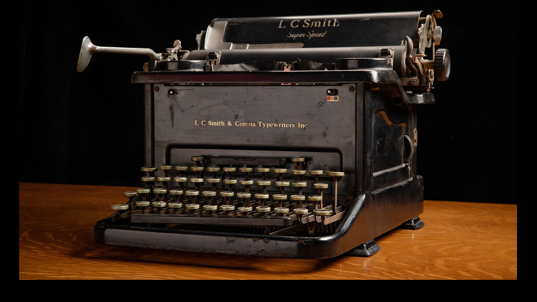 The exhibit also will showcase a typewriter used by Roger Ebert, the editor of the Daily Illini while he was a University of Illinois student.