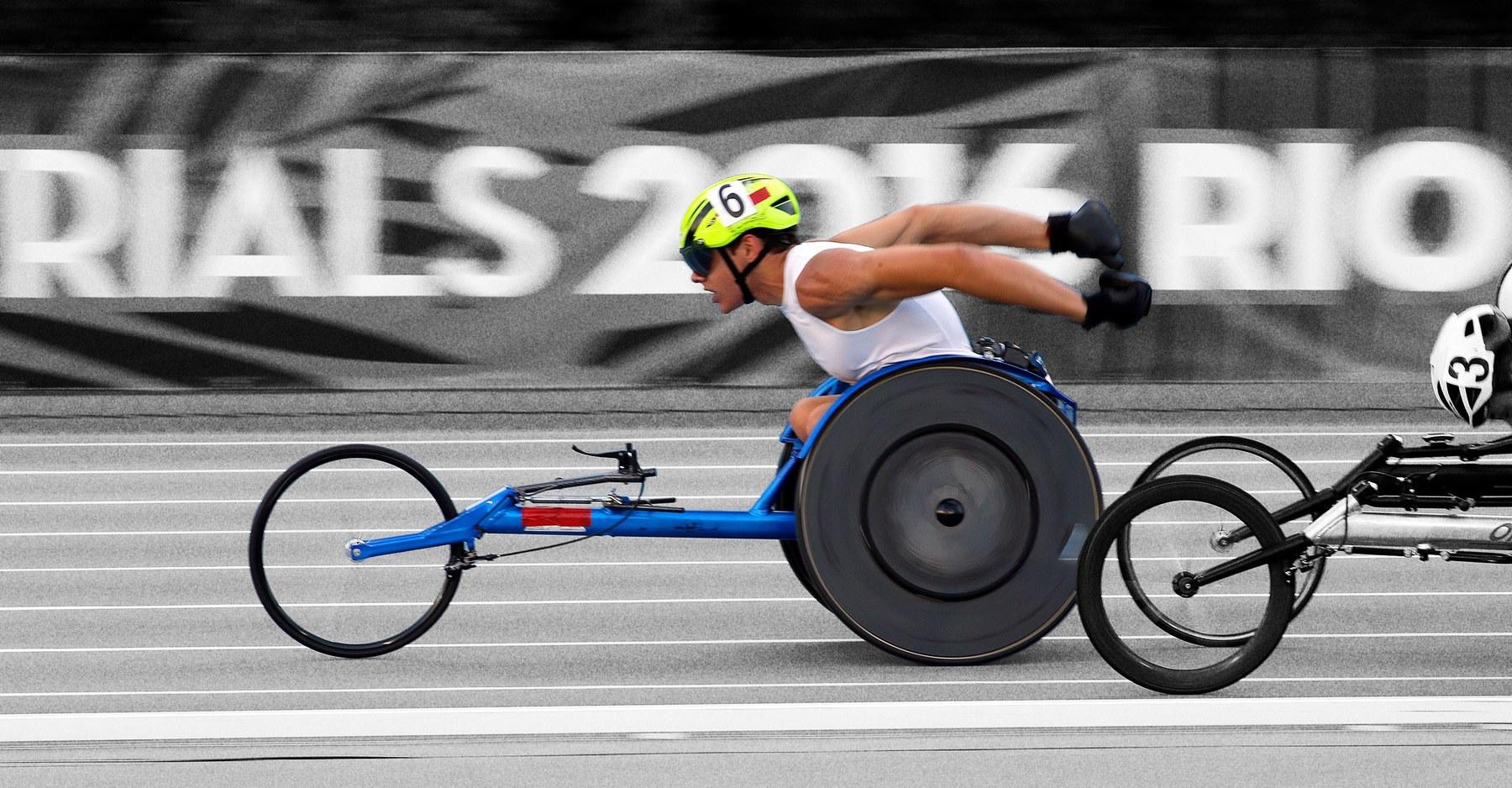 Daniel Romanchuk wins the New York Marathon. Photo by Bob Leverone/Getty Images