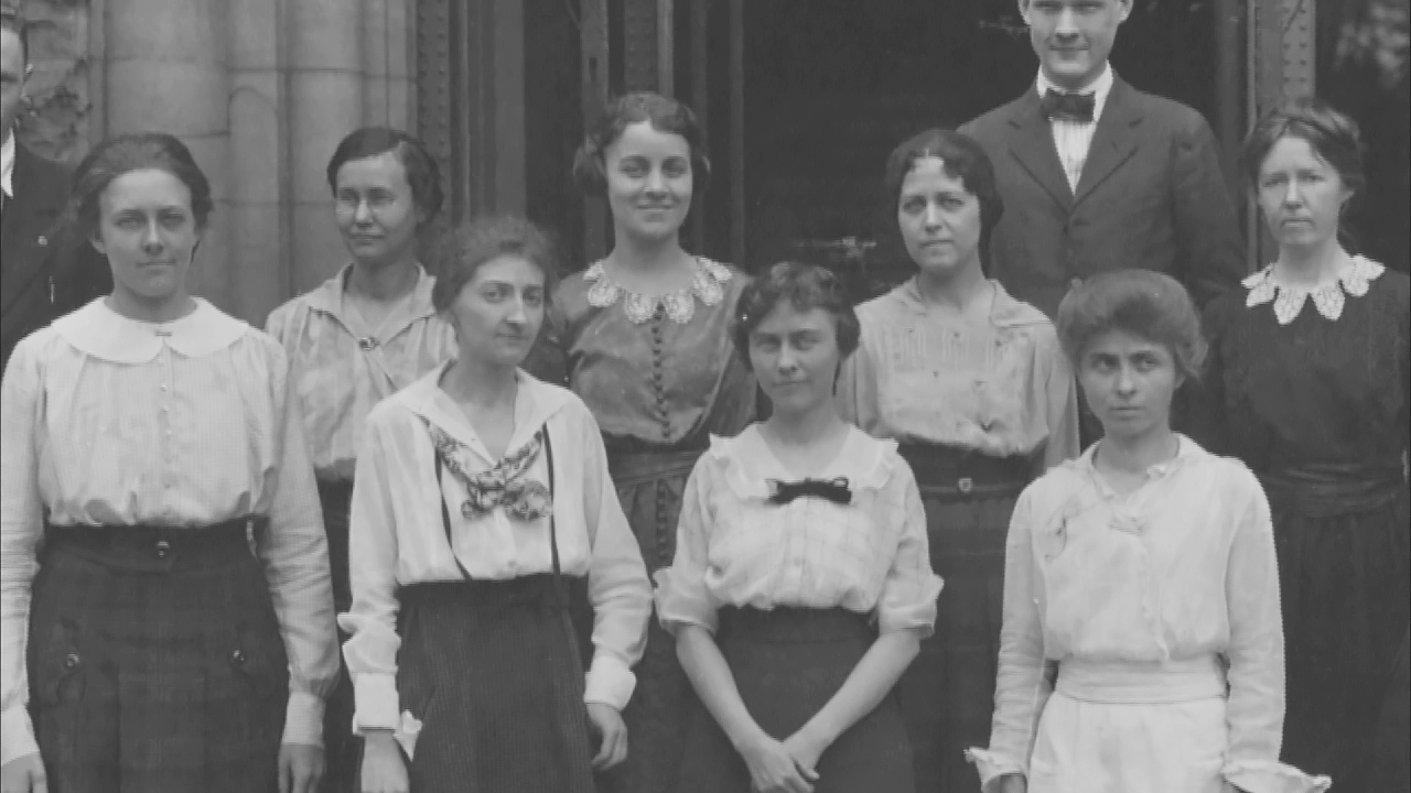 Illinois library students in the first decade of the 20th century. Photo courtesy University of Illinois Archives