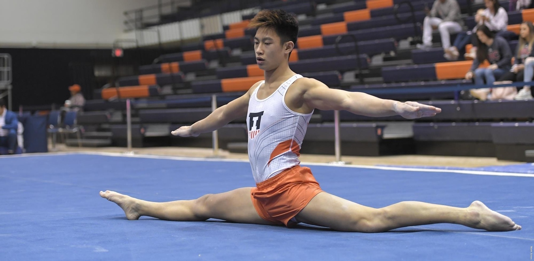 Illini freshman Evan Manivong performs his floor routine