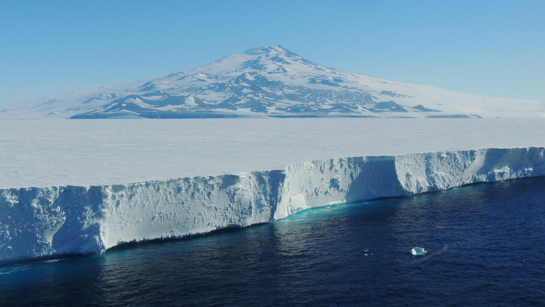 The Ross Ice Shelf and Mount Terror. The Ross Ice Shelf is the largest ice shelf on Antarctica. Photo courtesy Gillen D'Arcy Wood
