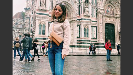 U of I student Grace Palmeri in Florence, Italy. Photo by Hannah Stanton