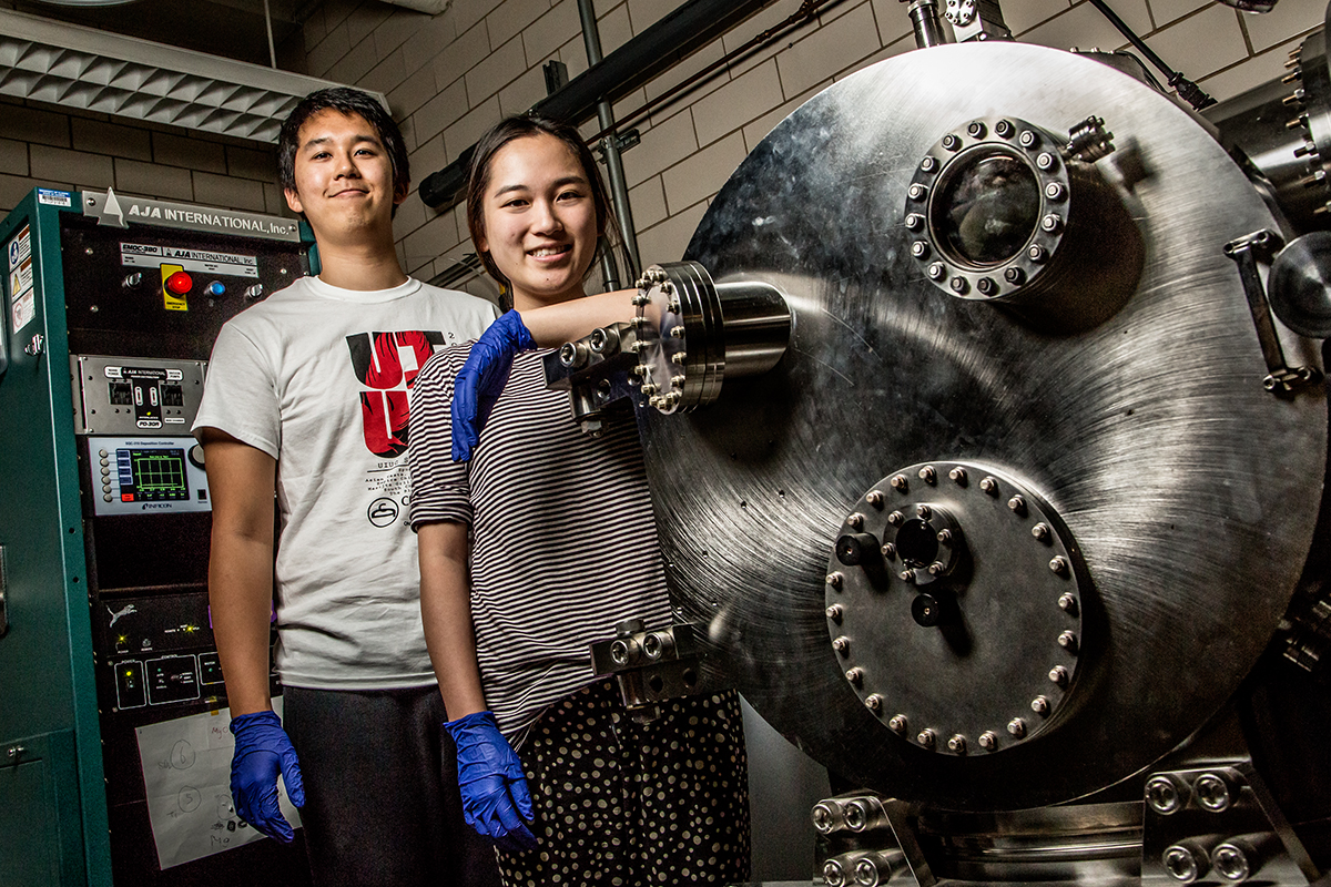 Jonas Kurniawan and Simone Heo received hands-on experience and equipment training as undergraduate researchers in professor John Rogers lab.