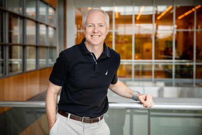 Electrical and computer engineering professor Brian Cunningham co-led a multi-institutional team to demonstrate an inexpensive and rapid smartphone-based pathogen testing device designed to ease pressure on testing laboratories during pandemics such as COVID-19.