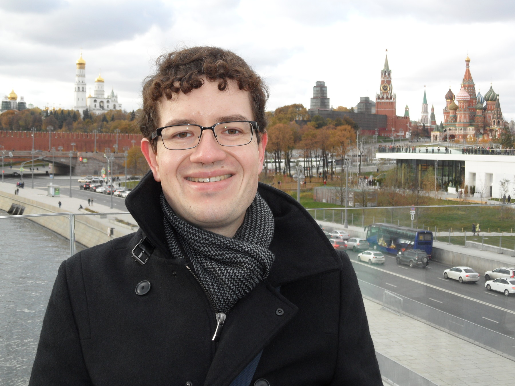Matthew Klopfenstein at the newly-opened Zariad'e Park, with the Kremlin in the background