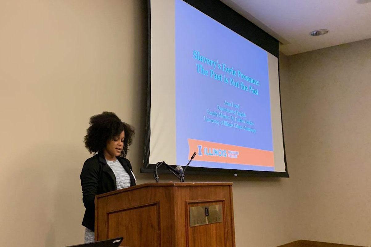 Anna Flood presenting at ISRS 2019