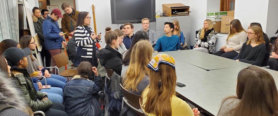 KF Lee speaking to students
