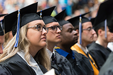 Hundreds of UIS students graduate