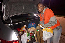 UIS students collect 18,095 pounds of food