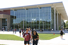 UIS reports largest freshman class in school history