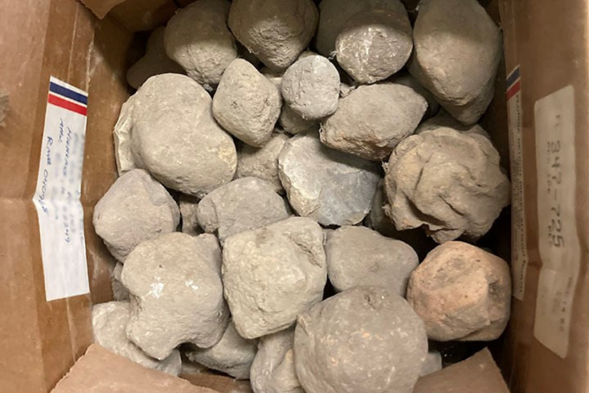 box of clay-fired cooking artifacts